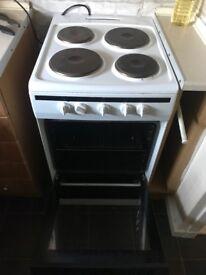 AMICA Oven Cooker very clean good condicion