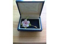 Brooch, Vintage, Coalport fine bone China, Rose stick pin brooch, in original box, ex con, Private s