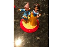 Disney Snow White and dopey spinning dancing toy