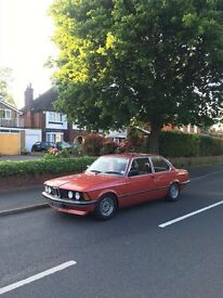 1982 BMW E21 320 coupe in Henna Red