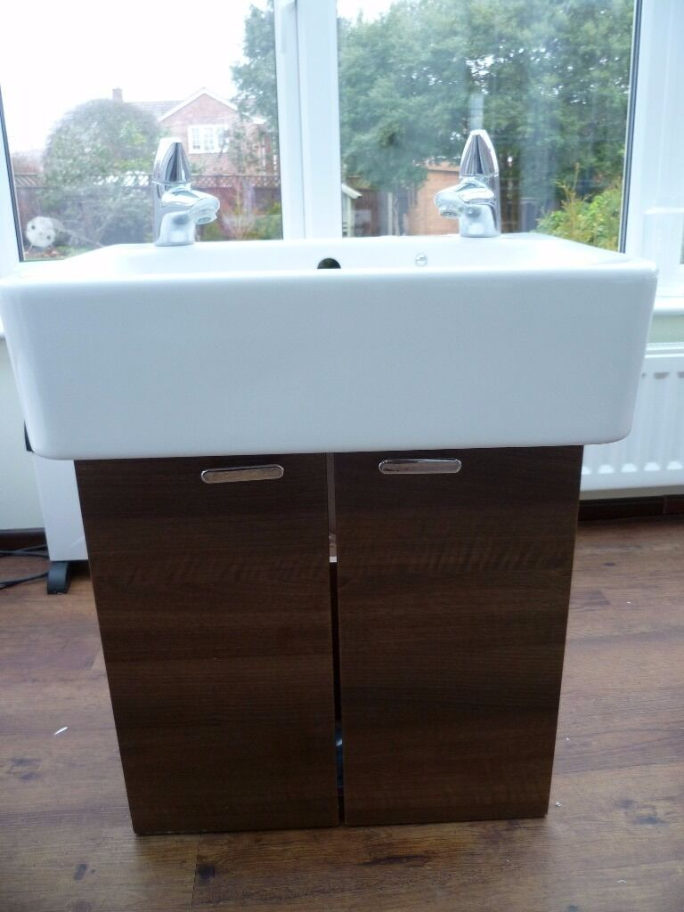 Compact dark wood finish vanity unit, sink and taps - Ideal Standard ...