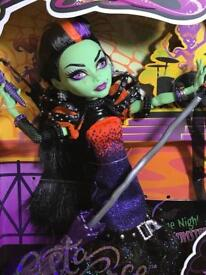Monster High Casta Fierce Brand New