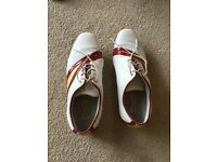 Ladies golf shoes size 5