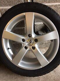 "17"" Zito Z575 Alloy Wheels c/w Nanking SV-2 Winter Tyres"
