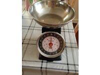 SALTER RETRO KITCHEN SCALES-AS NEW CONDITION