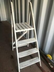 Shabby chic ladders
