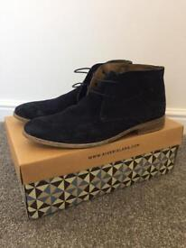 River island suede desert boots - size 9 - navy blue - used