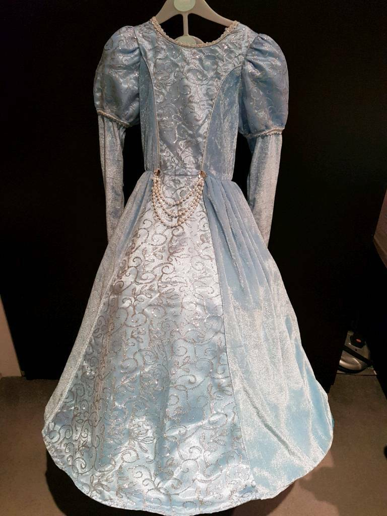 Light Blue Princess Dress age 4-5 years