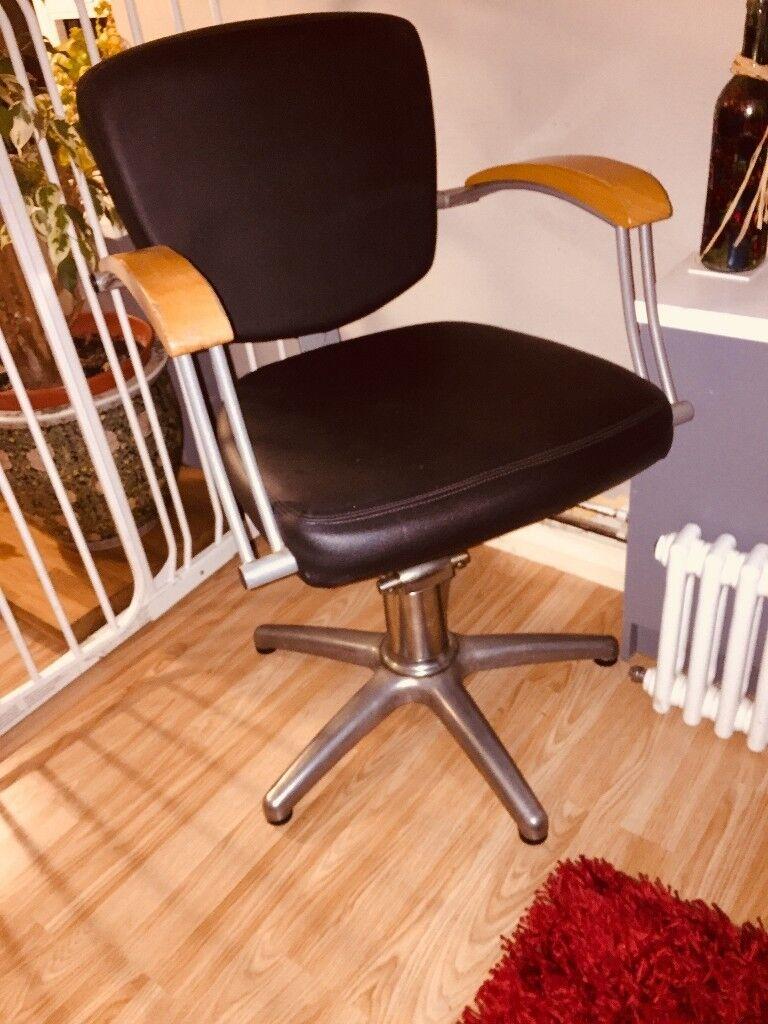 Groovy Salon Hydraulic Lockable Swivel Chair In Brighton East Sussex Gumtree Theyellowbook Wood Chair Design Ideas Theyellowbookinfo