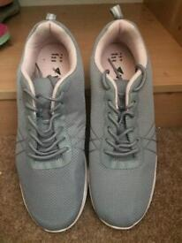 Grey/Pink Trainers