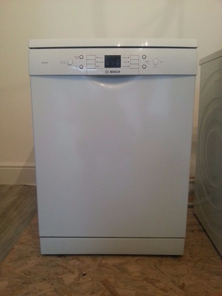 Bosch dishwasher, excellent condition, manual included