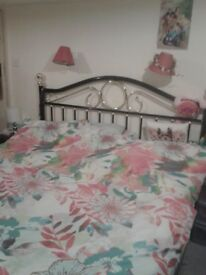 Double room for one person.