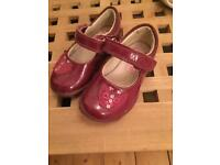 Clarks burgandy toddler shoes