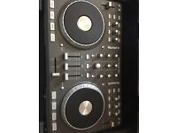 Numark MixTrack Pro Dj Controller. (including installation software) & MAGMA Flight-case