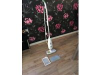 Morphy Richards Steam Cleaner -In White MOP