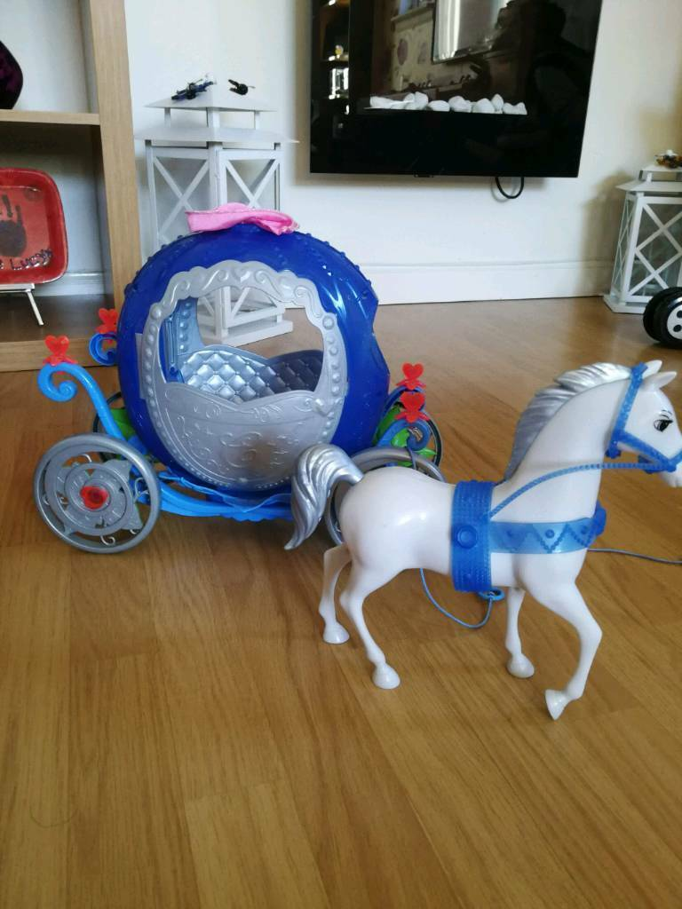 Cinderella carriage and horse