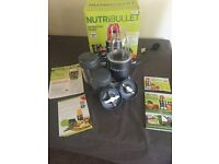 Nutribullet smoothie maker and recipe book