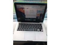 Macbook Pro 13 inch Mid 2009 (500gb Hard Drive, Good condition)