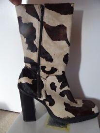Gently Worn Pony Skin Cow Print High Heeled Boots Size 41