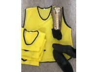 Men's 5-a-side football vests , shin guards (L) Football trainers (size 10)