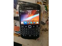Blackberry bold 9900 unlocked new never been used still looks new