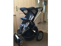 Quinny buzz with normal and XL Seat unit, 2x carrycots, rain cover, double or single wheel & more