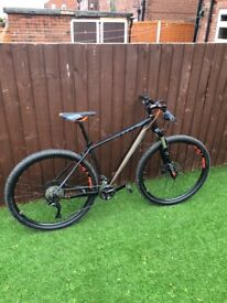 As good as brand new cube limited pro mountain bike