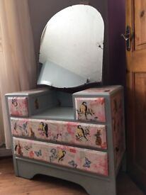 Dressing table £50