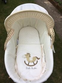 Kinder valley Moses basket, stand and padded mattress