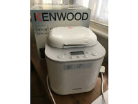 Kenwood Breadmaker BM260 455W almost new, purchased from John Lewis, boxed w/ instructions & recipes