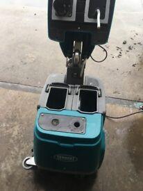 Tennant T1 scrubber dryer