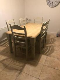 Beautiful solid wood oak country farmhouse dining table cream and grey 6 chairs