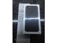 Sim Free iPhone 7 32GB Mobile Phone - Matt Black