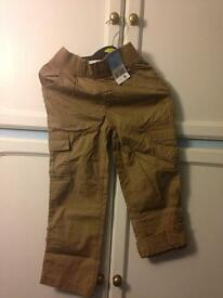 Boys short sleeve T and trousers. 5-6