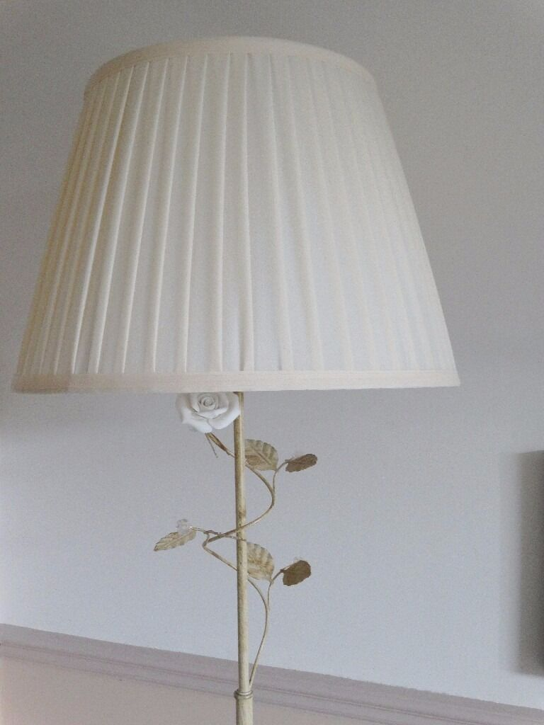 Cream Floral Floor Lamp Excellent Condition In