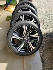 BRAND NEW TAKE OFF 2018 HONDA CIVIC TOURING FACTORY OEM 17 INCH WHEELS WITH FIRESTONE HIGH PERFORMANCE215 / 50 / 17 TIRE
