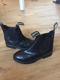 Black gallop horse riding boots size 2