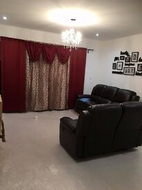 Spacious Fully furnished king sized room (Brand New property) near to amenities and easy tube & bus