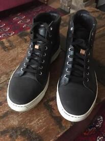 Men's black trainers