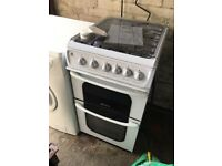 Freestanding gas oven and hob