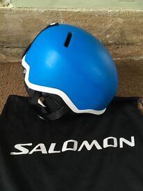 Salomon Snowboard helmet Size Small great condition