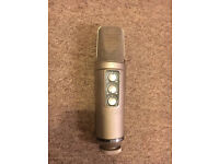 Rode NT2000 Multi-pattern Condenser Microphone