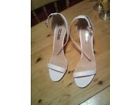 LOVELY WHITE HIGH HEEL SHOES,VERY GOOD CONDITION