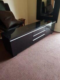 TV unit perfect condition