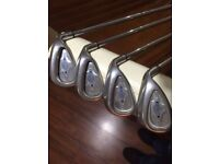 lovely set of Callaway X14 irons 4-PW ,uniflex steel shafts, nearly new golf pride grips