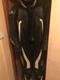 Mens Dainese Leathers for sale - Size 58