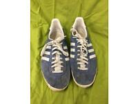 Adidas Gazelle trainers in blue size UK 7.5
