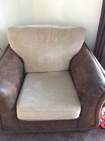 Free brown and cream chair