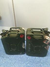 2 x 20 ltr Jerry Cans