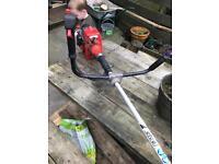 Efco 8260 professional petrol brush cutter / strimmer